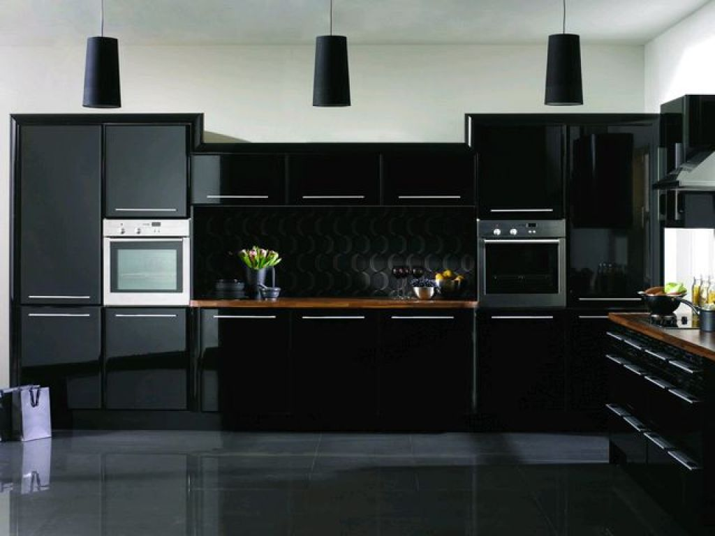 black-kitchen-cabinets-design-549e295b99b3d