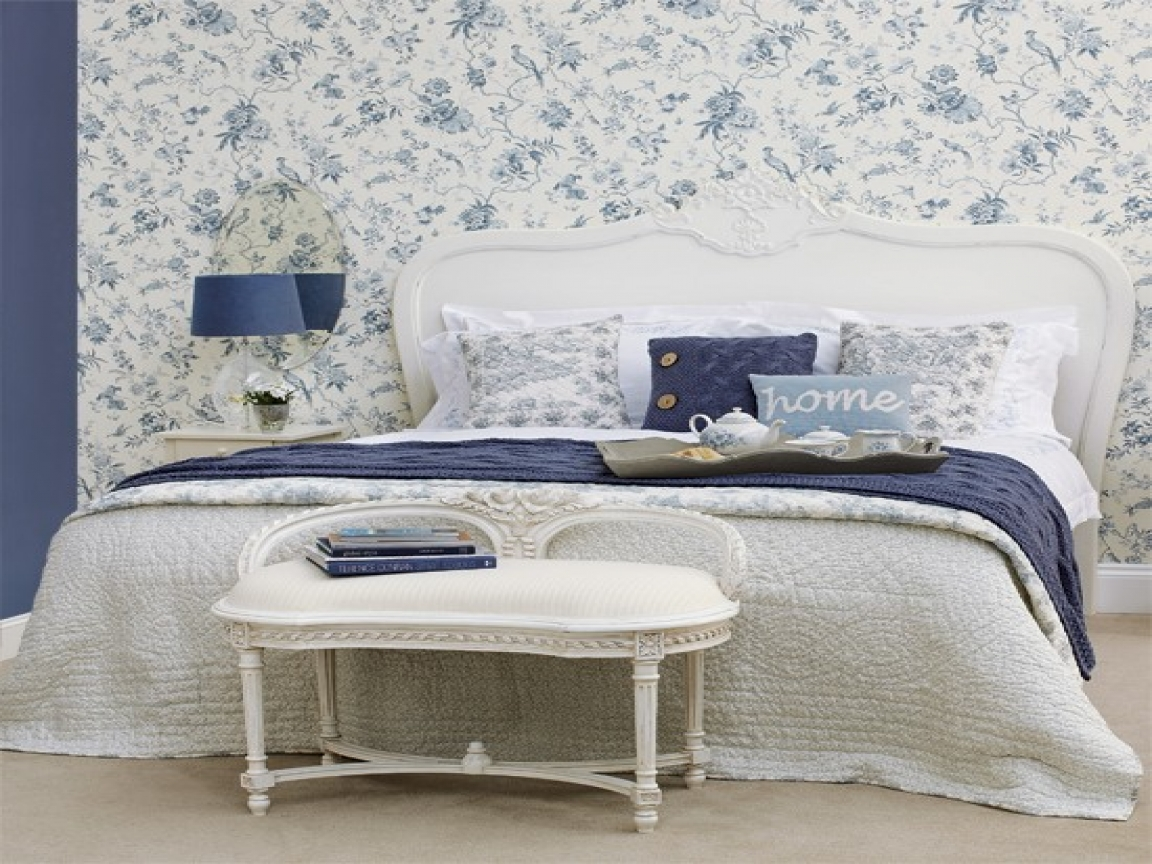 blue-floral-bedroom-indie-tumblr-bedrooms-d8bf58c3534f7272