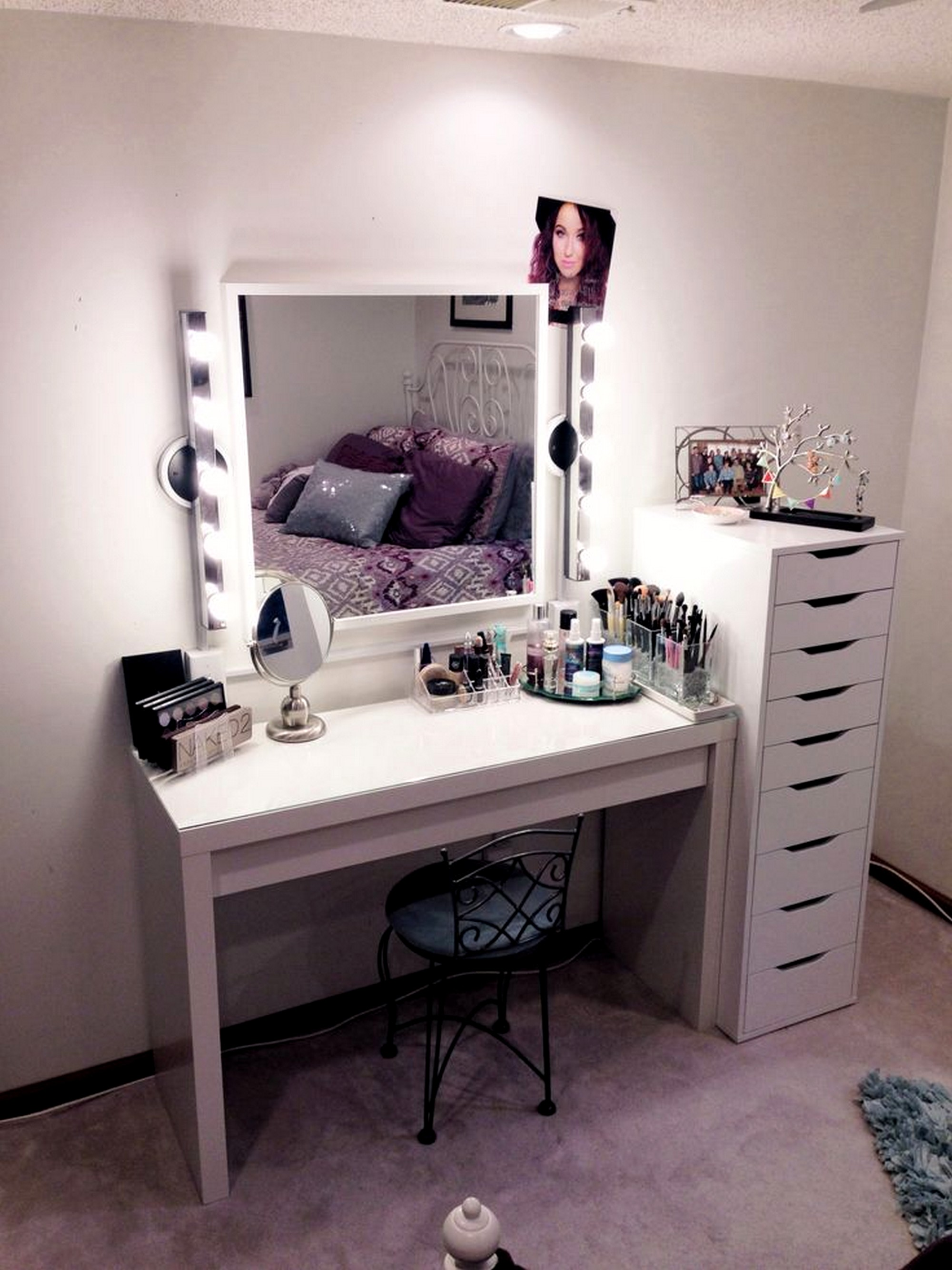 cheap-furniture-ikea-vanity-hollywood-set-ideas-for-girl-with-white-gloss-paint-wooden-makeup-table-and-lighted-bulb-on-square-mirror-framed-plus-small-black-iron-vanity-chairs