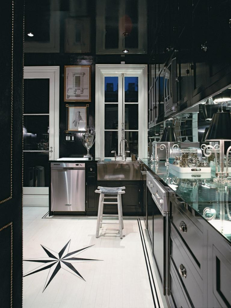 dramatic-kitchen-with-black-cabinets