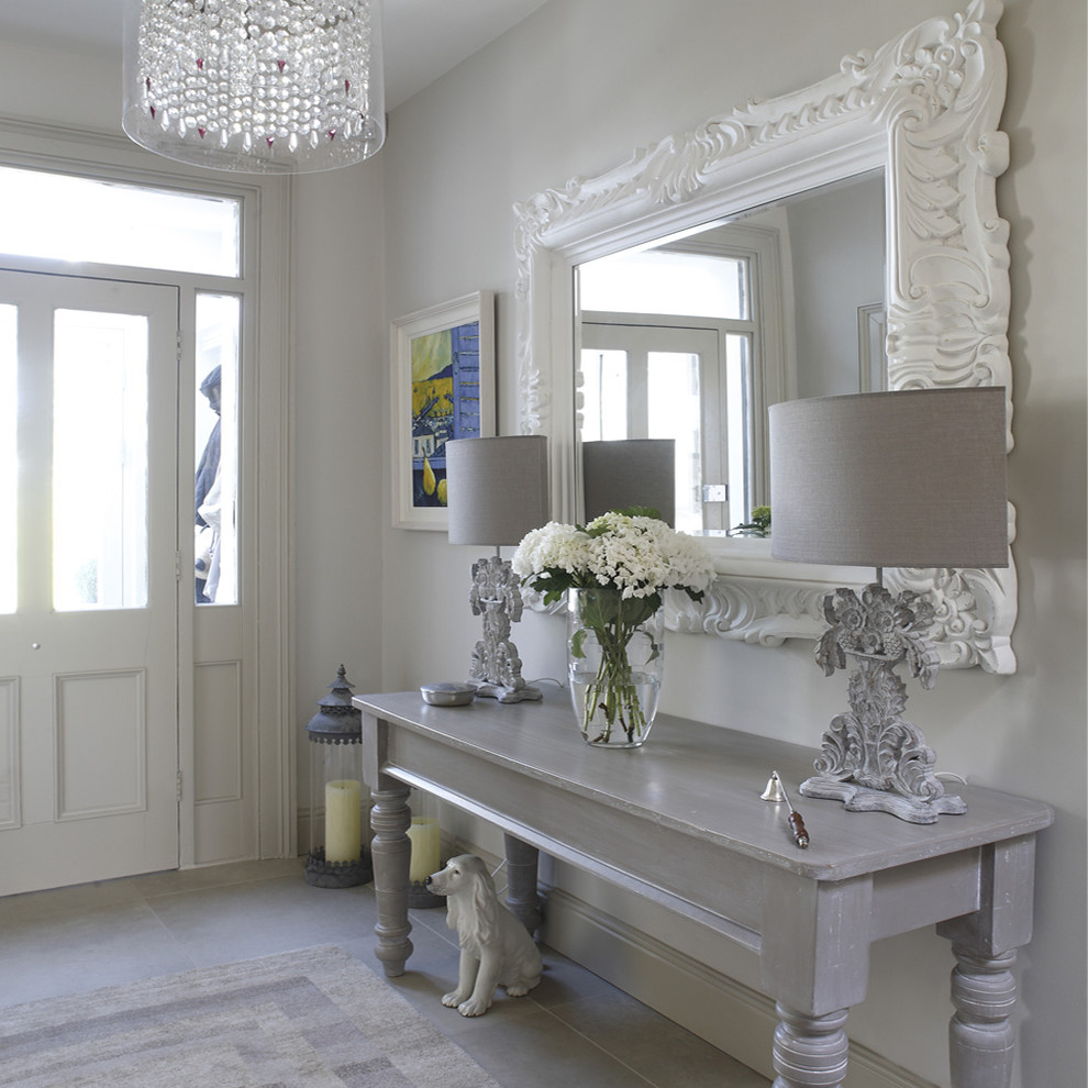 entrance-table-decor-hall-with-ornate-large-mirror-2