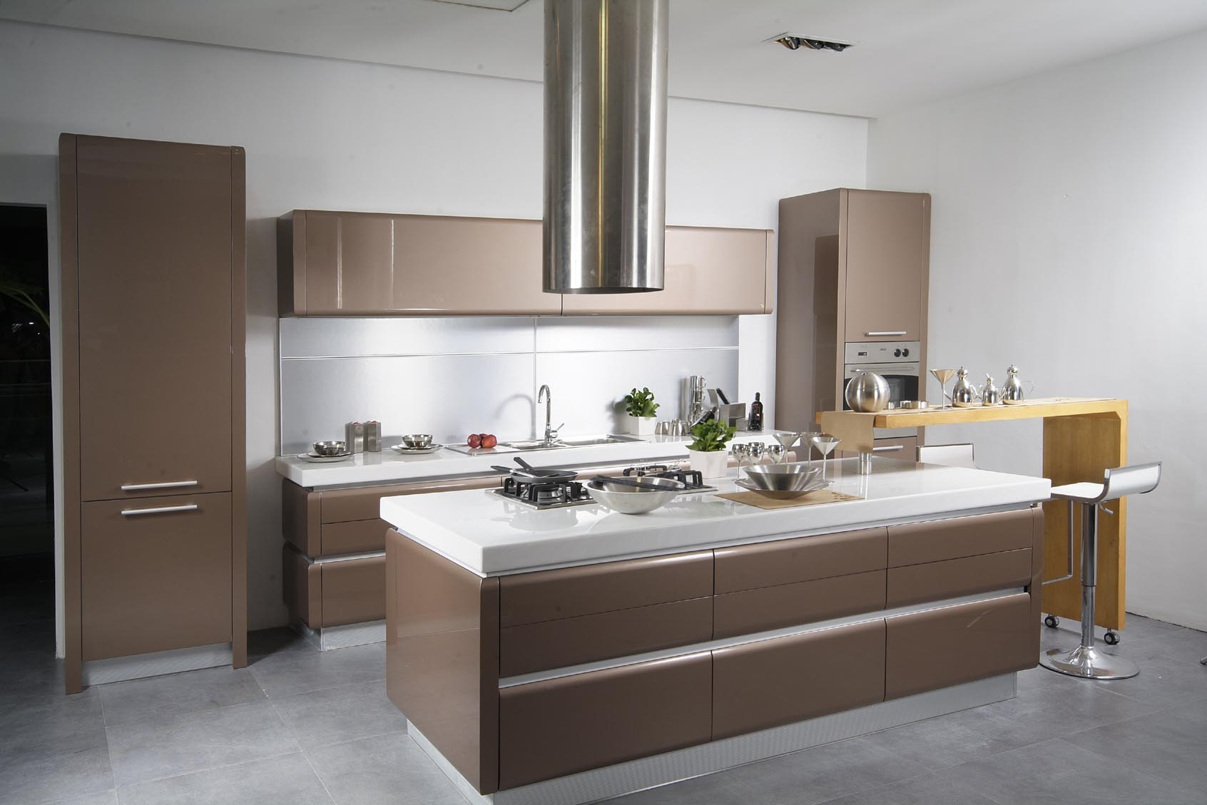 extraordinary-kitchen-designs-for-small-modern-kitchen-with-island-and-bar-in-brown-color-feats-wood-cabinets