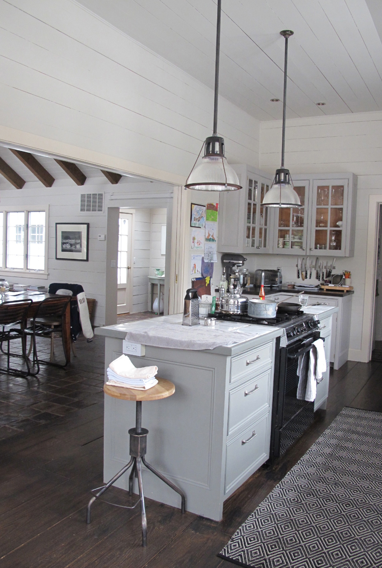 farmhouse-style-kitchen-01