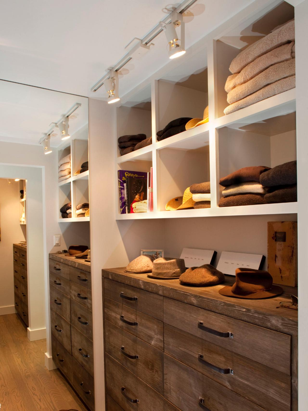 hall-closet-organization-and-design-ideas-home-remodeling-layer-in-lighting_closet-inside-design_interior-design_scandinavian-interior-design-designer-job-description-magazine-famous-designers-degree