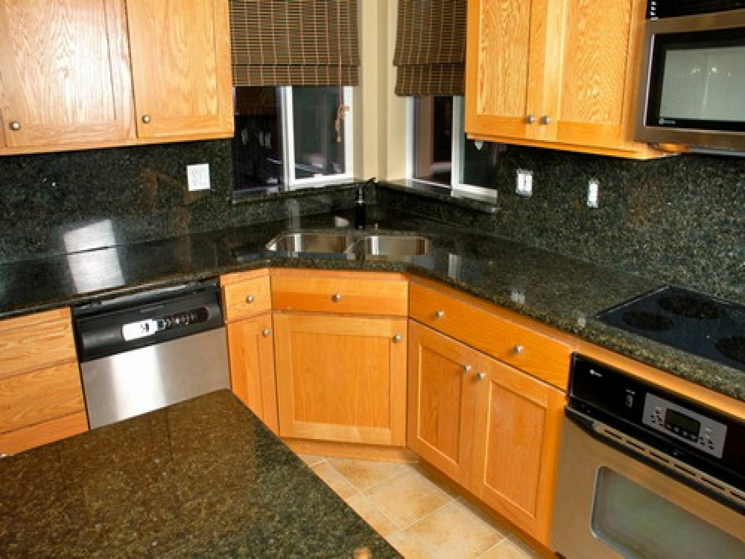 kitchen-corner-sinks