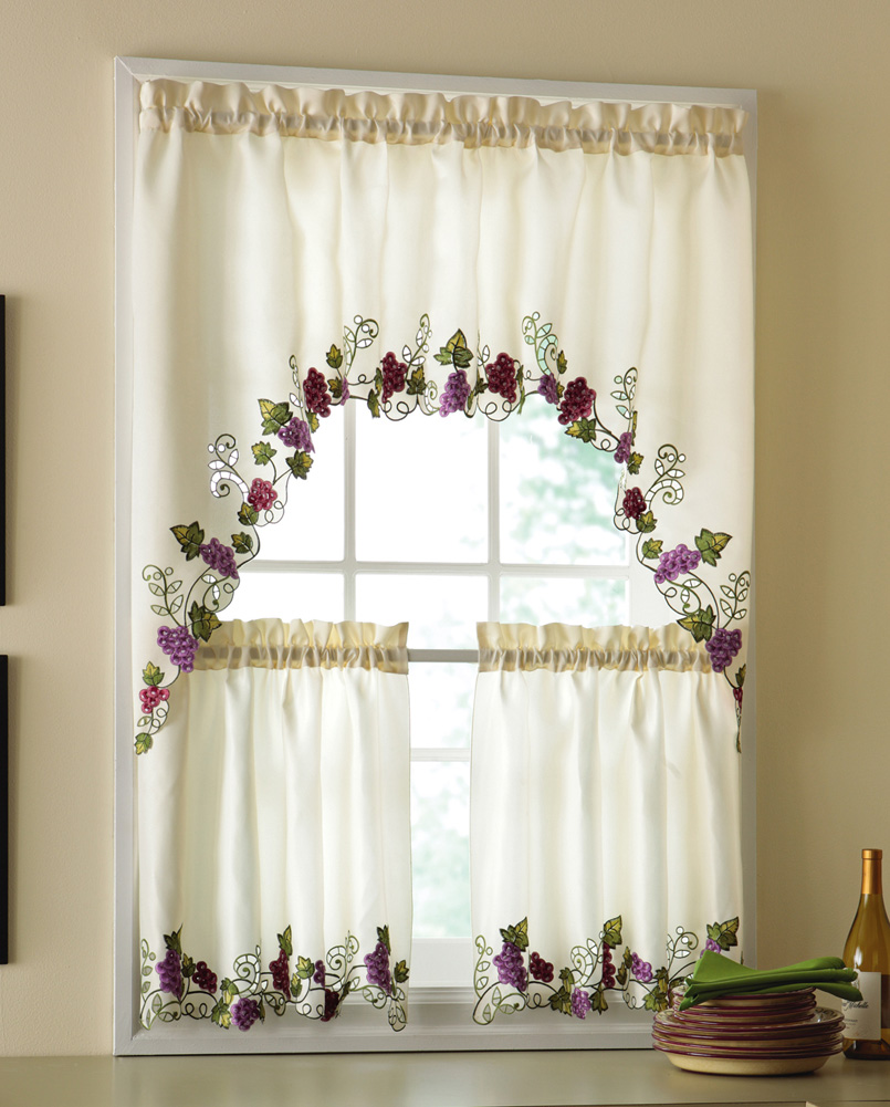 kitchen-curtains-with-grapes-l-7a1773b19d5f5557