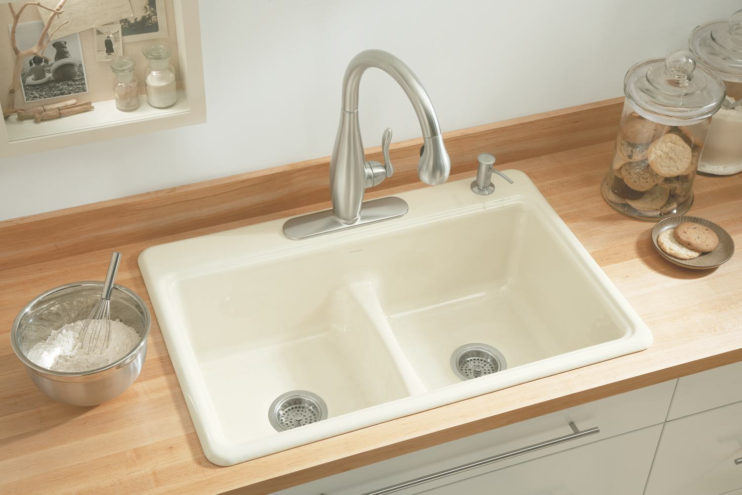 kohler-kitchen-sink-with-interesting-appearance-for-interesting-kitchen-design-and-decorating-ideas-5