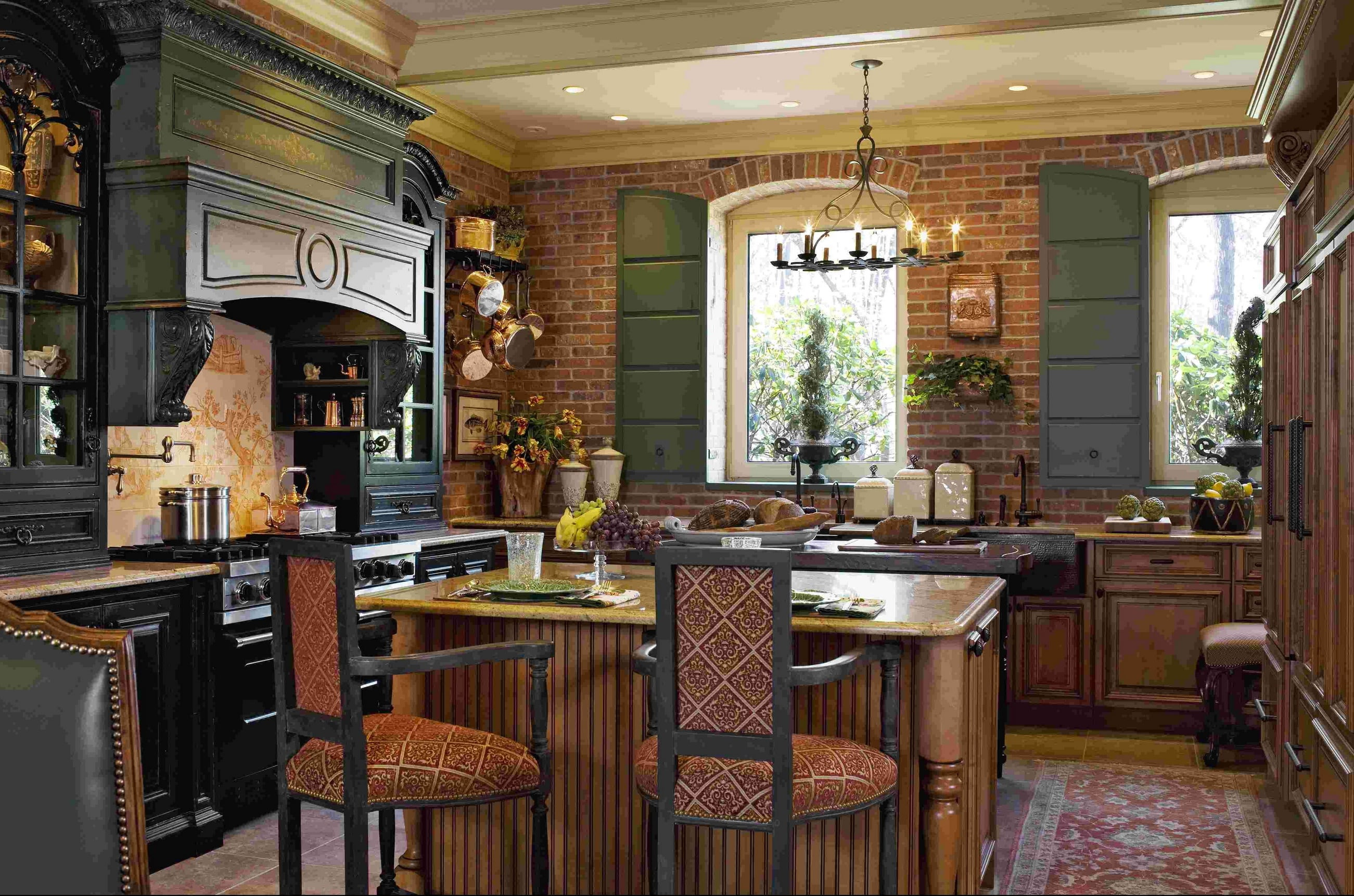 luxury-french-kitchen-decor-with-bold-painting-color-and-classic-kitchen-furniture