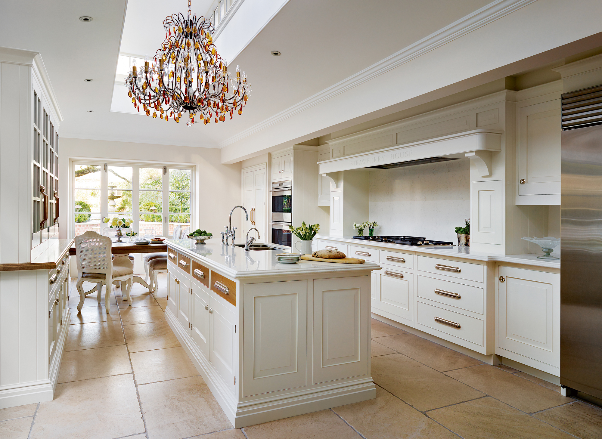 mark-wilkinson-furniture-collection-english-classic-kitchen-1