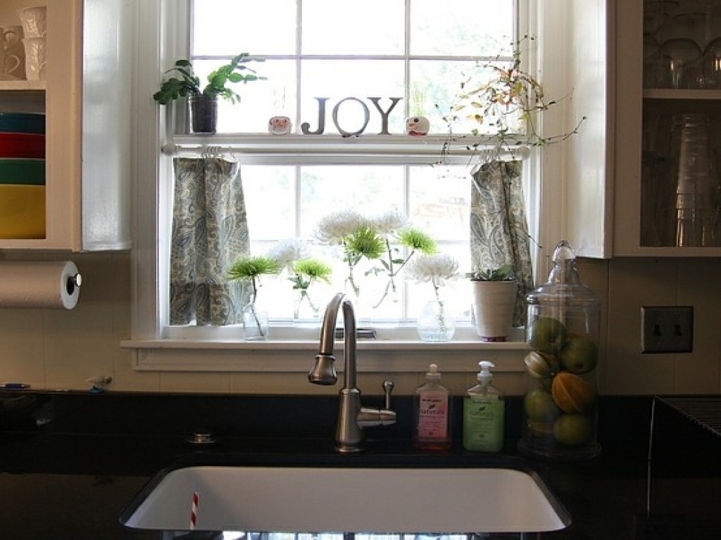 modern-kitchen-curtains-and-valances-curtains-over-kitchen-sink