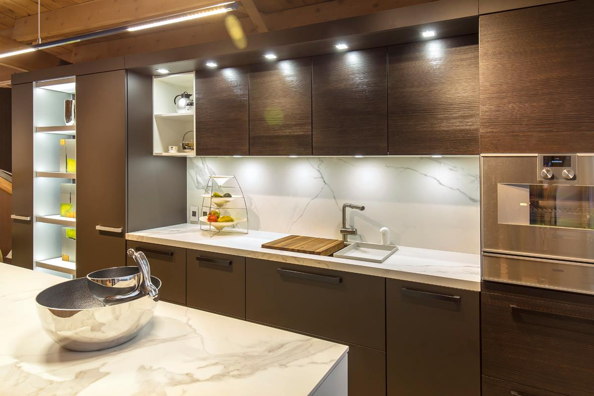 neolith-fm-distributing-modern-kitchen-island-cabinets-and-shelving-estatuario-classtone