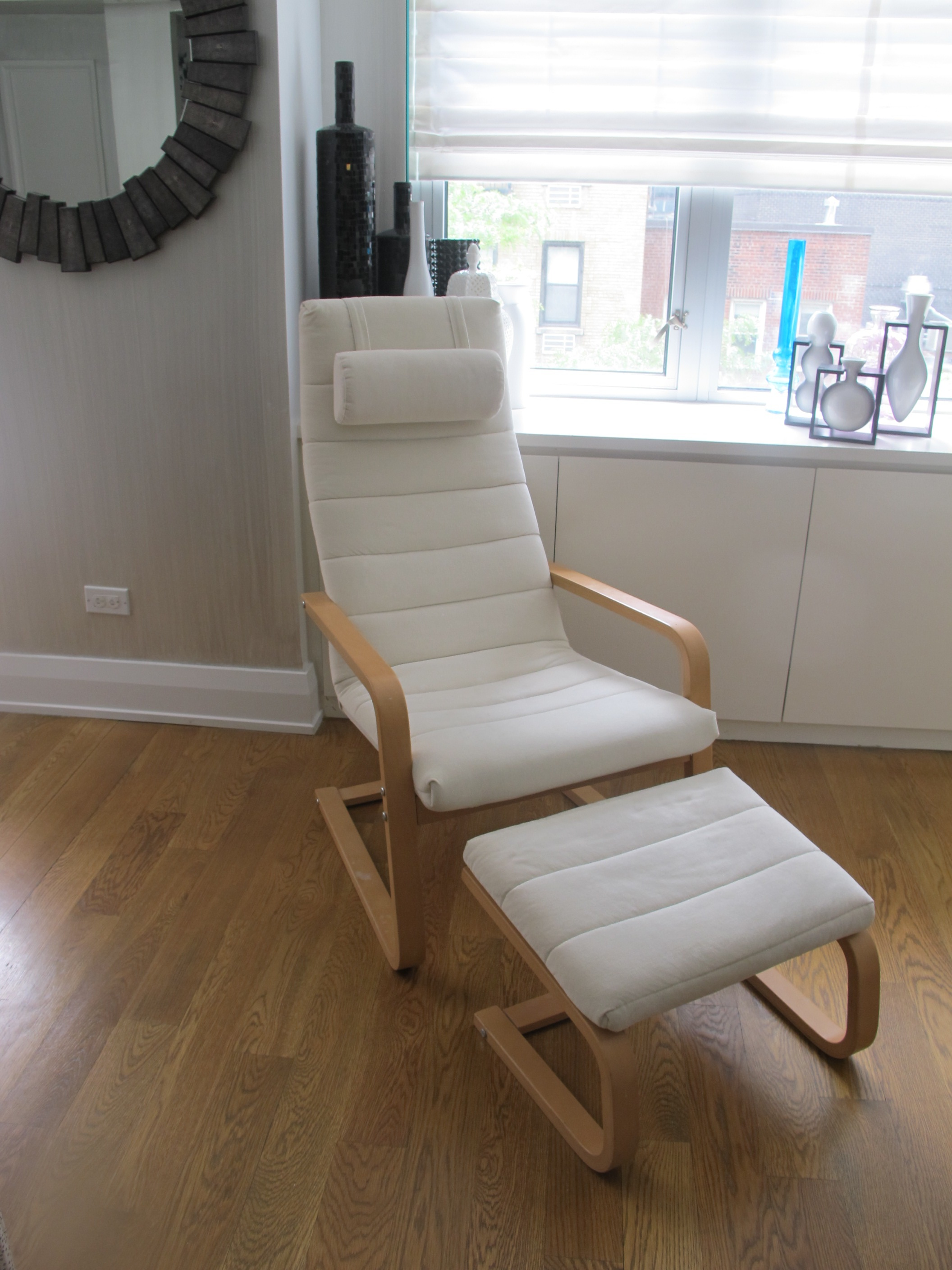 poang-style-chair