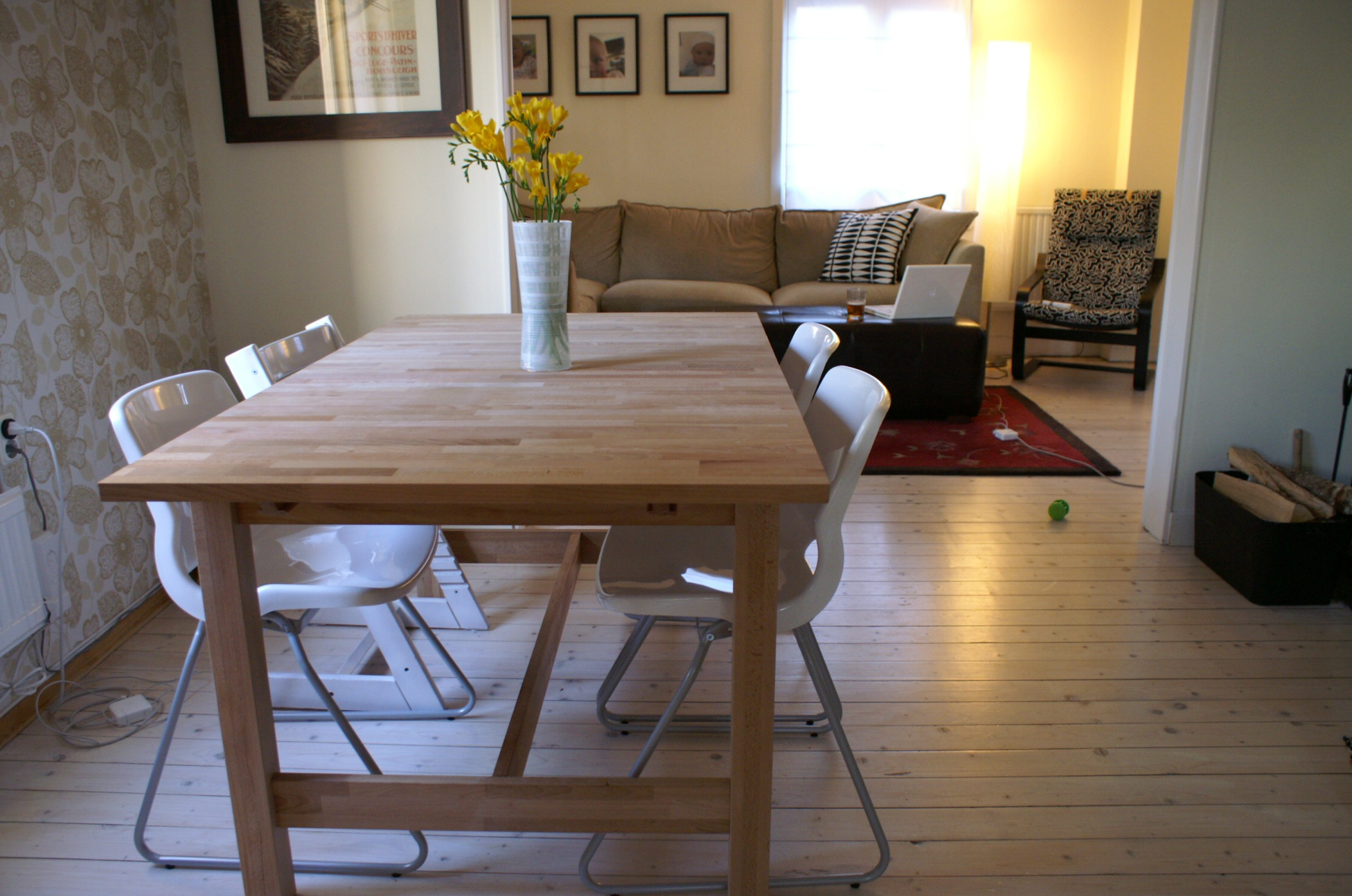 simple-design-ideas-of-ikea-dining-sets-with-brown-wooden-table-and-white-gloss-acrylic-chairs-with-metal-legs-as-well-as-dining-chairs-and-desk-chairs-ikea