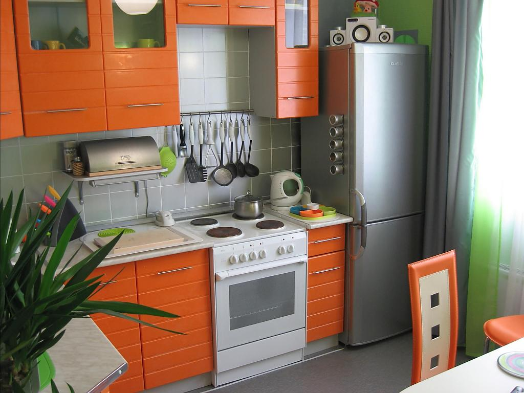 small-kitchen-design-idea-47