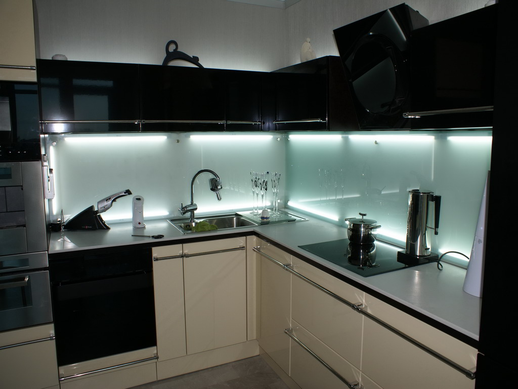Glass kitchen