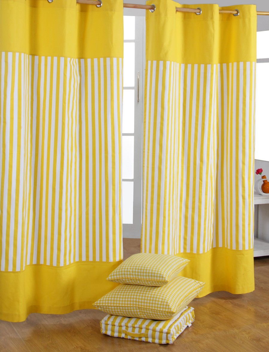 the-benefits-of-door-curtains-choose-right-curtains-will-be-complement-home-decoration