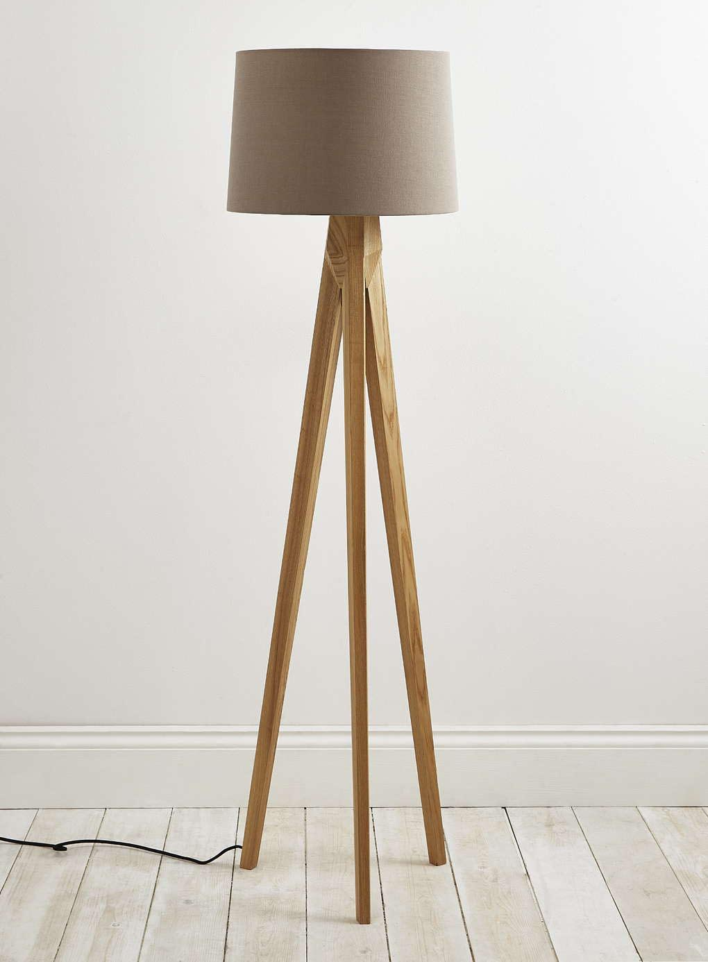 tripod-floor-lamp-wooden-legs