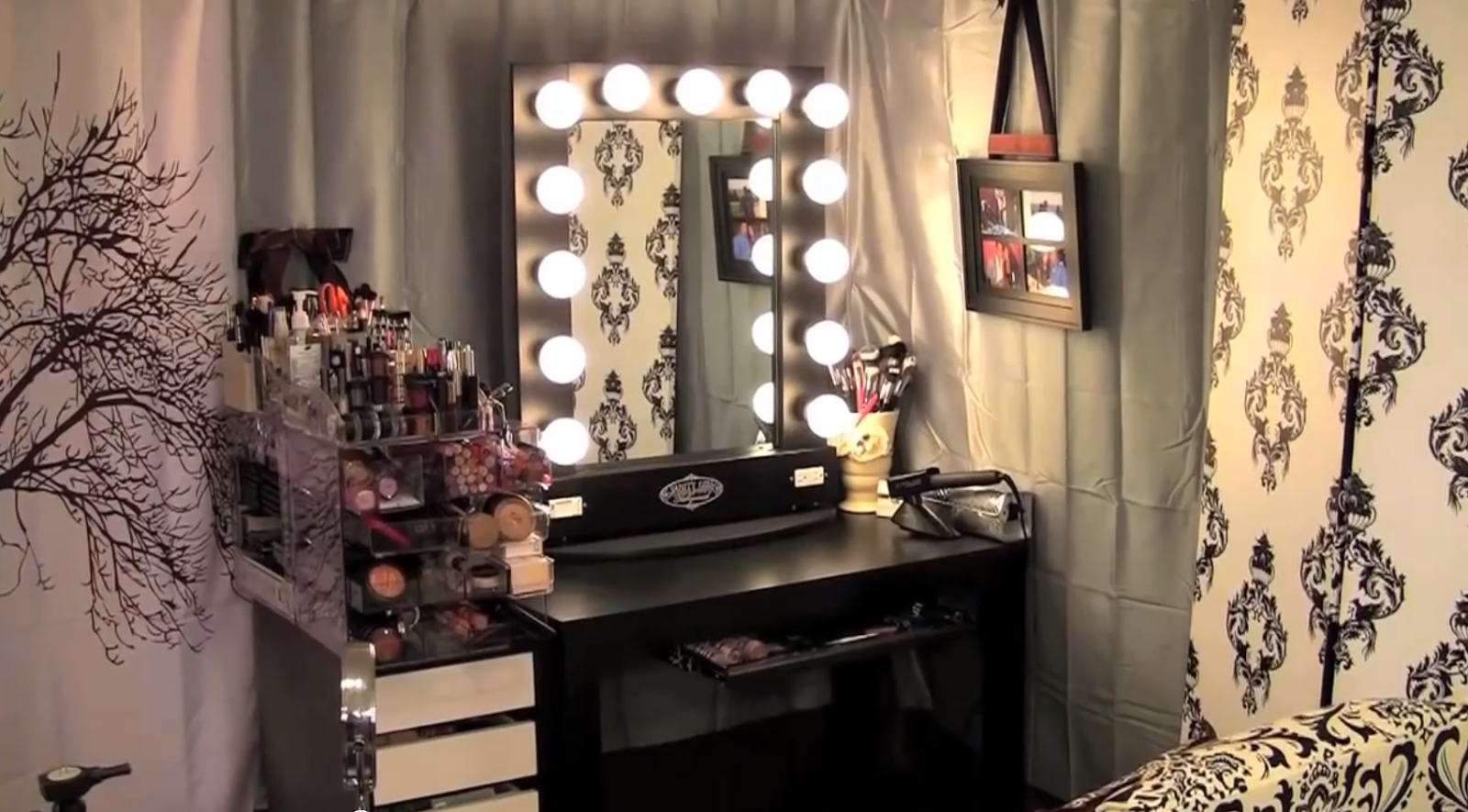 Bedroom vanity with mirror and lights