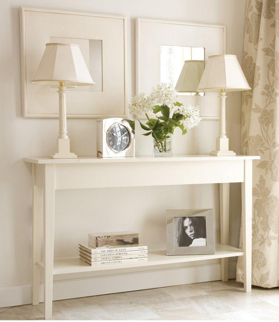 white-small-console-table-for-hallway-915x1057
