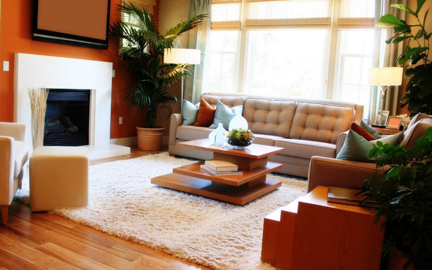 interior_living_room_with_fireplace_030984_