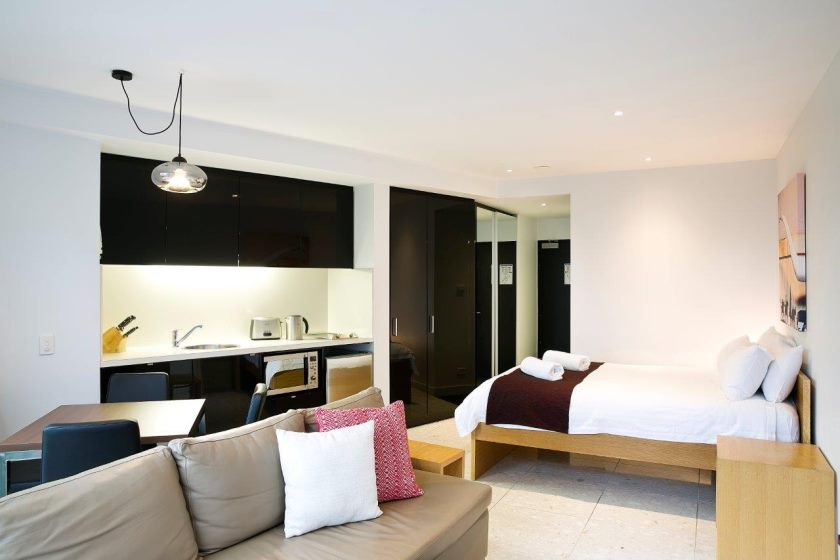 living-room-studio-apartment-huski-falls-creek1