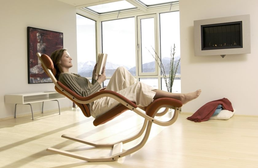 furniture-neutral-recliner-chair-with-unique-design-and-tranquil-headrest-11-cool-recliner-chair-designs-for-your-living-room-contemporary-recliner-chair-stressless-recliner-chair-recliner-glider-cha