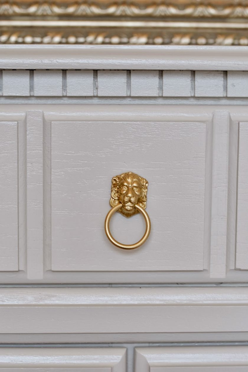 gold-lion-hardware-pull
