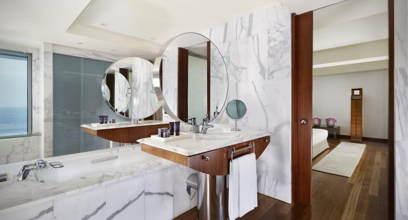 one-bedroom-duplex-luxury-penthouse-bathroom-1683