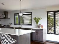 Жалюзи для кухни вместо штор: виды и лучшие варианты (60+ фото)