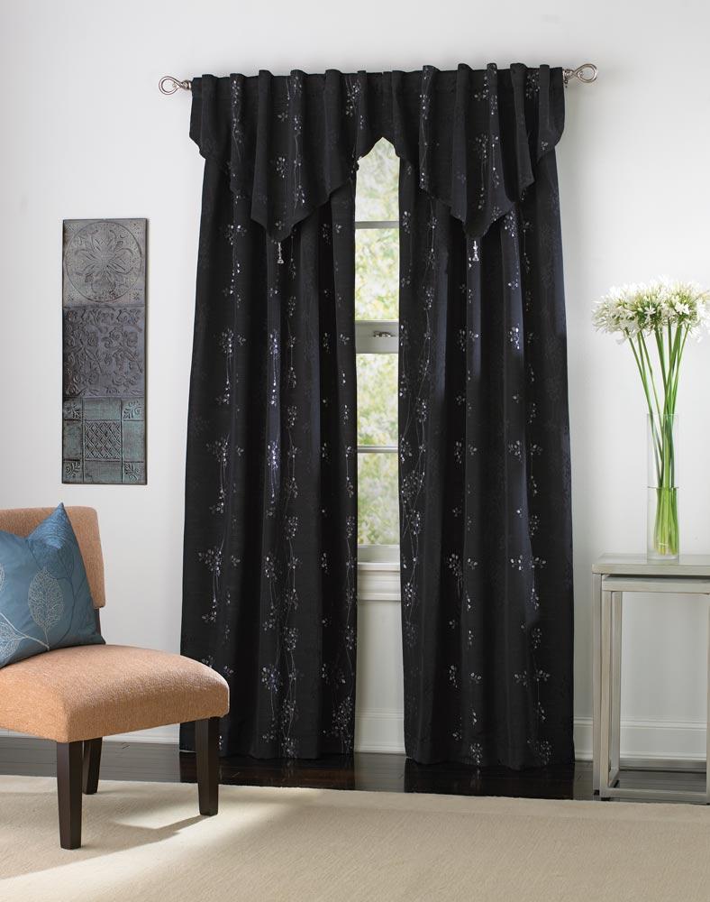 siyah-saçak-perdeler-simli-çiçekli-perde-paneli