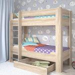 кровать деревянная двухъярусная