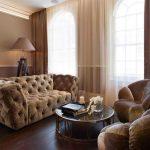 гостиная в светло-коричневых тонах